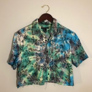 Upcycled tie dye rose pattern crop button down